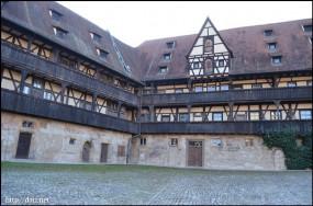 Alte Hofhaltung(旧宮殿)
