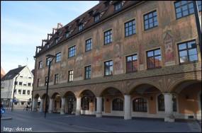 Rathaus(市庁舎)