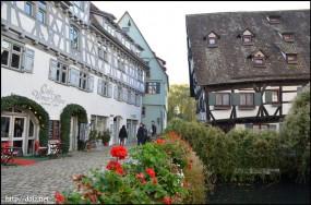 Schiefes Haus(傾いた家)