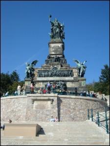 Niederwalddenkmal(ニーダーヴァルト記念碑)