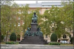 ベートーベン像 Beethovenplatz