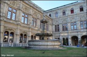 Staatsoper(国立オペラ座)