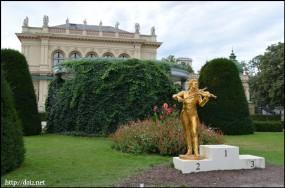 Stadtpark(市立公園)のヨハン・シュトラウス像