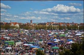 Frühlingsfestのフリーマーケット