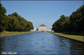 Mittelkanalとニンフェンブルク城
