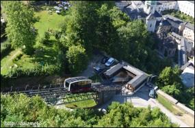 ホーエンザルツブルク城塞へのケーブルカー