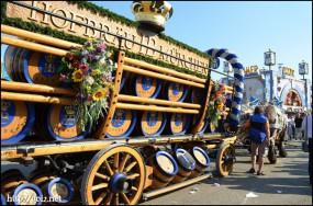 オクトーバーフェスト の馬車