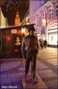 Rosenstr.のSiegfried Sommer像