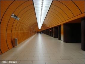 地下鉄Marienplatz駅