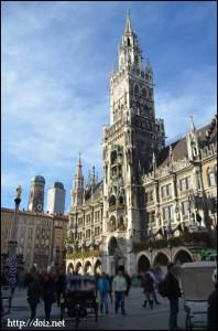 Marienplatz(マリエン広場)
