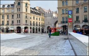 Karlsplatz(カールス広場)