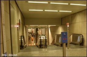 ケーニヒスプラッツ駅