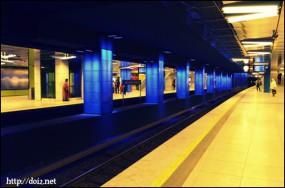 Münchner Freiheit駅