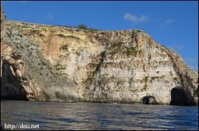 Blue Grotto(青の洞門)