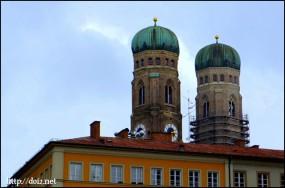 Der Nordturm der Frauenkirche(フラウエン教会の北塔)