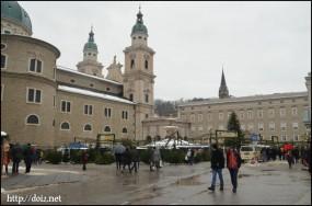 ザルツブルクのクリスマスマーケット