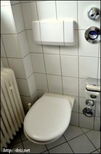 ドイツのアパートのトイレ